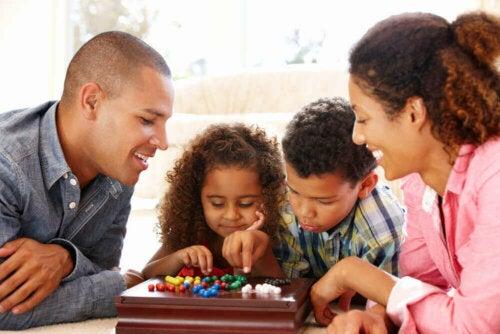 أنشطة يمكنك القيام بها مع أطفالك خلال فترة العزل المنزلي