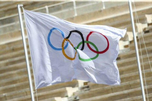 كم مرة تم فيها تعليق الألعاب الأولمبية من قبل؟