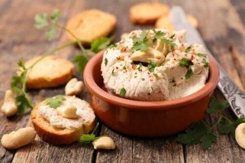 الجبن النباتي – ثلاث وصفات لذيذة لتحضيره