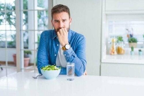 كيف يمكنك تجنب الإفراط في الأكل أثناء فترة العزل المنزلي؟