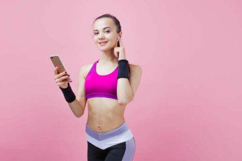 6 تطبيقات ستساعدك على ممارسة الرياضة في المنزل بسهولة