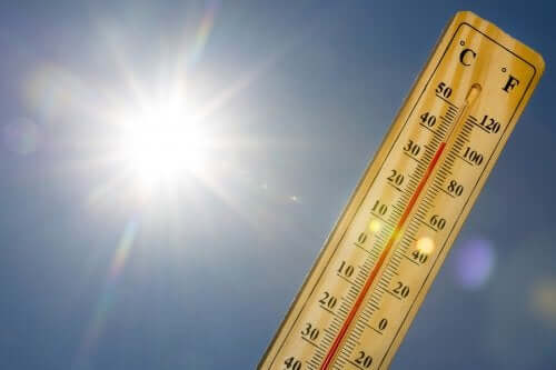 مرض فرط الحرارة – اكتشف معنا ما هو وما هو علاجه
