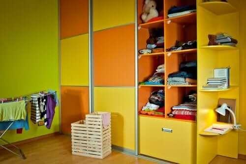 وحدات التخزين في غرفة طفلك