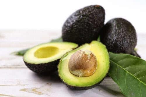 وصفات الأفوكادو – 3 وصفات رائعة للاعتناء بالصحة