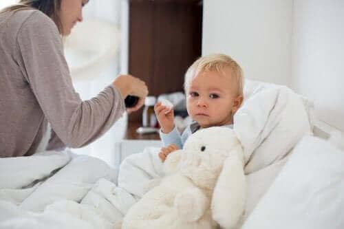 انخفاض درجة الحرارة في حالة الأطفال