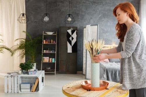 المواد المعاد تدويرها - 5 أفكار لاستغلالها في تزيين غرفة المعيشة