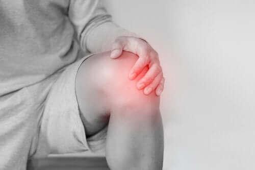 خلع الركبة: المسببات والعلاج