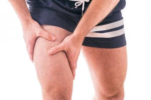 تعزيز عضلة الفخذ رباعية الرؤوس