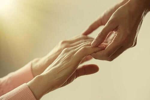 متشابكي الأيدي
