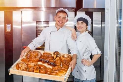 لماذا يجب عليك تجنب الخبز التجاري؟