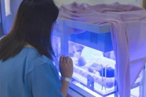 عملية العلاج الضوئي بالمستشفيات