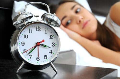 عادات صحية لتحسين جودة النوم