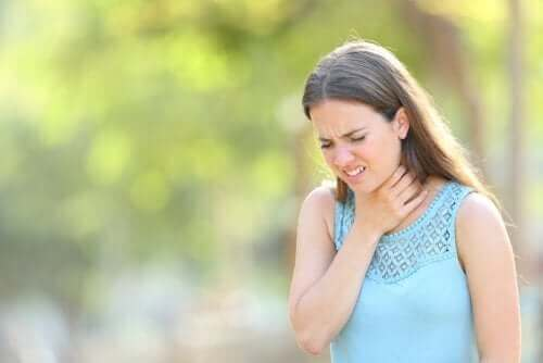 علاج زيادة كثافة البلغم في الحلق