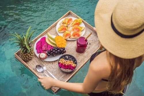 حافظ على وزنك مع هذه العادات الغذائية الصيفية
