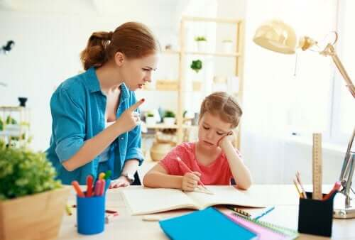 فترة الطفولة - كيف يساعد وضع الحدود طفلك على النمو؟