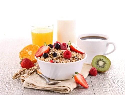 وجبة إفطار متكاملة ومتنوعة