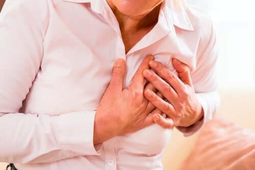 النوبة القلبية – أعراض غير تقليدية تظهر في حالة النساء