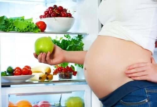 أهمية النظام الغذائي خلال الحمل
