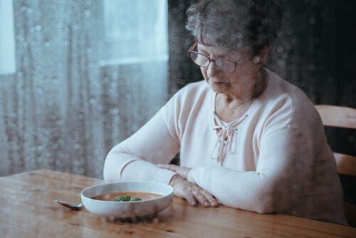 حالة فقدان الشهية – أسبابها الأكثر شيوعًا وعواقبها