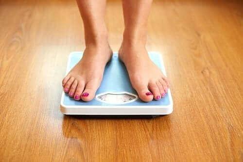 هل يمكن لبعض أنواع الفواكه أن تساعدك على خسارة الوزن؟