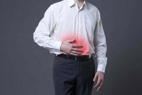 ألم البطن