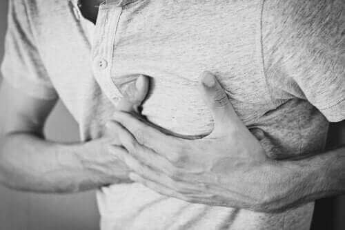 الزغطة المزمنة - مسببات وعلاجات وعواقب حالة الفواق المزمنة