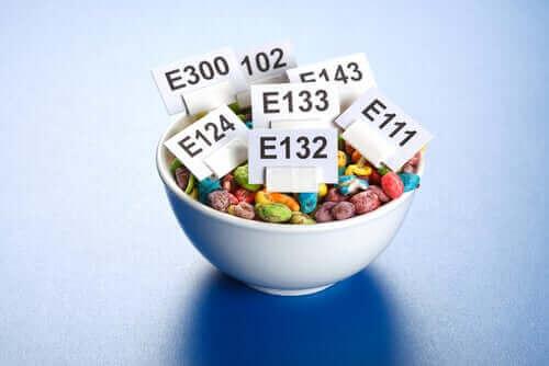 المضافات الغذائية – كيف تؤثر على الجسم؟