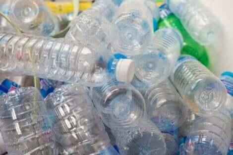 محدثات السمنة في البلاستيك