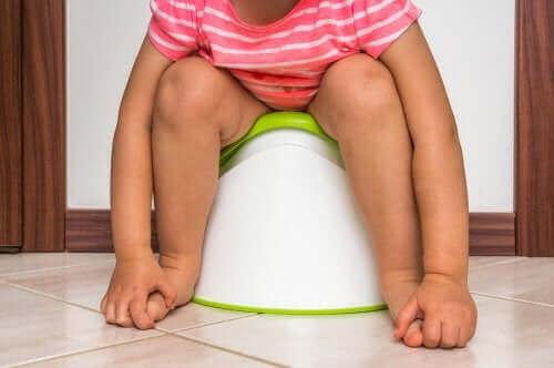 عدوى المسالك البولية في الأطفال