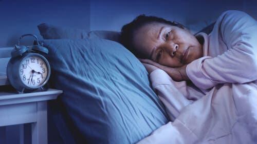 مرض ألزهايمر والتغيرات التي تطرأ على أنماط النوم