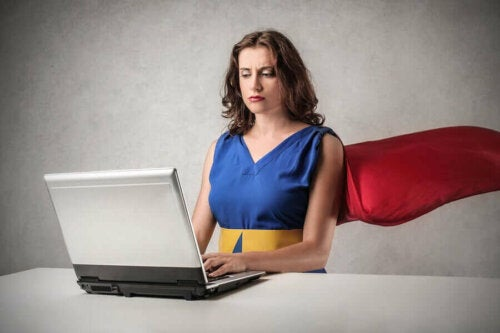 متلازمة المرأة الخارقة - المزايا، العيوب وكيفية التعامل مع الحالة