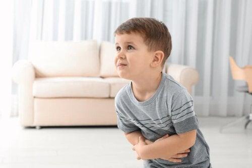 الإمساك لدى الأطفال – ما الأطعمة التي يجب تقديمها لهم؟