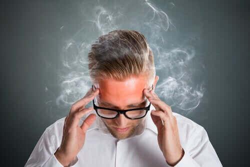 الضغط العصبي اليومي يمكن أن يؤدي إلى الاكتئاب