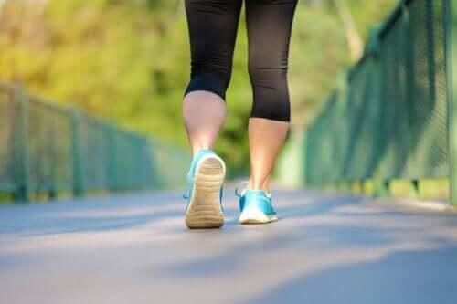 المشي والجري
