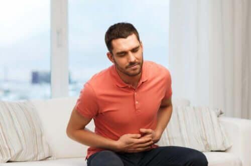 جذور العرقسوس وألم البطن