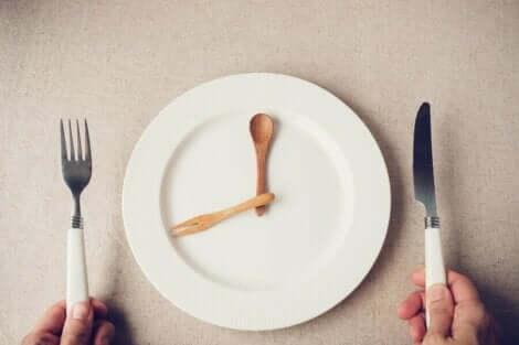 وجبة العشاء المبكرة