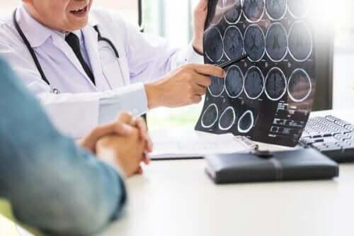 نقص فيتامين أ والأمراض العصبية التنكسية