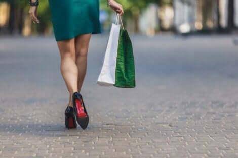 إدمان التسوق ليس مزحة