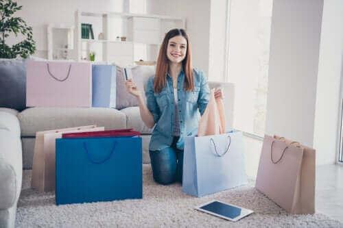 4 علامات تدل أنك مدمن للتسوق