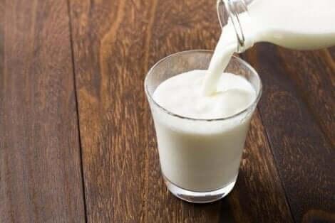 كوب من الحليب