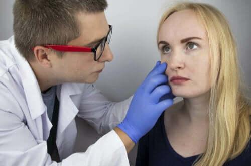 تشخيص وعلاج التهاب عنبية العين