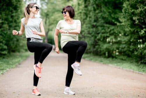 التهاب الجراب الوركي - تمارين تساعد على تخفيف الأعراض