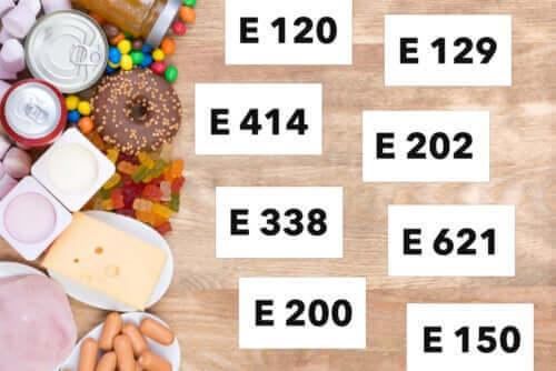 المضافات الغذائية – اكتشف معنا 10 أنواع مختلفة واستخداماتها