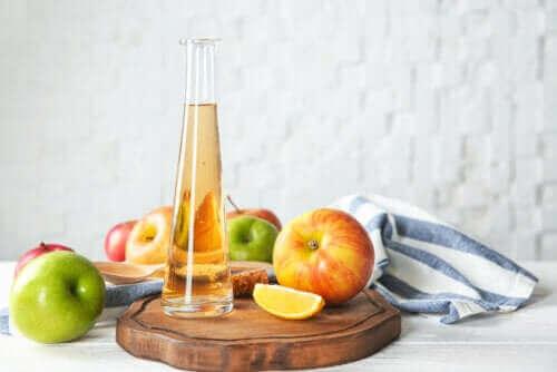 خل التفاح – 6 آثار جانبية سلبية تنتج عن استعماله بشكل مفرط