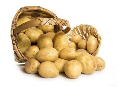 سلة من البطاطس