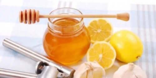 عسل وليمون