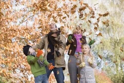 أنشطة خارجية مثالية لفصل الخريف