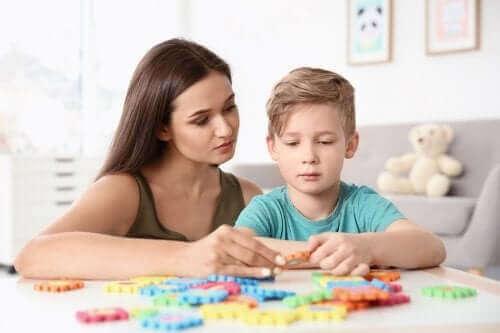 4 تمارين مهمة للأطفال المصابين بالتوحد