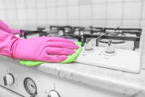 استخدام الخل كمطهر في المنزل