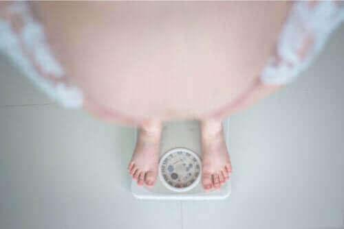 السمنة أثناء الحمل – ما الصعوبات التي قد تسببها الحالة؟